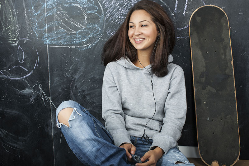 Female-Teenager-Skateboard